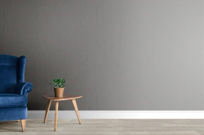 piso vinilico cinza na parede