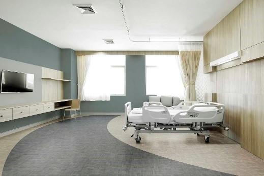 leito de hospital com piso vinilico cinza