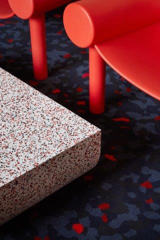 piso-vinilico-manta-iq-surface-granilite-exposicao-milao-3