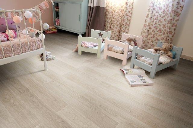 quarto-crianca-piso-vinilico-amadeirado