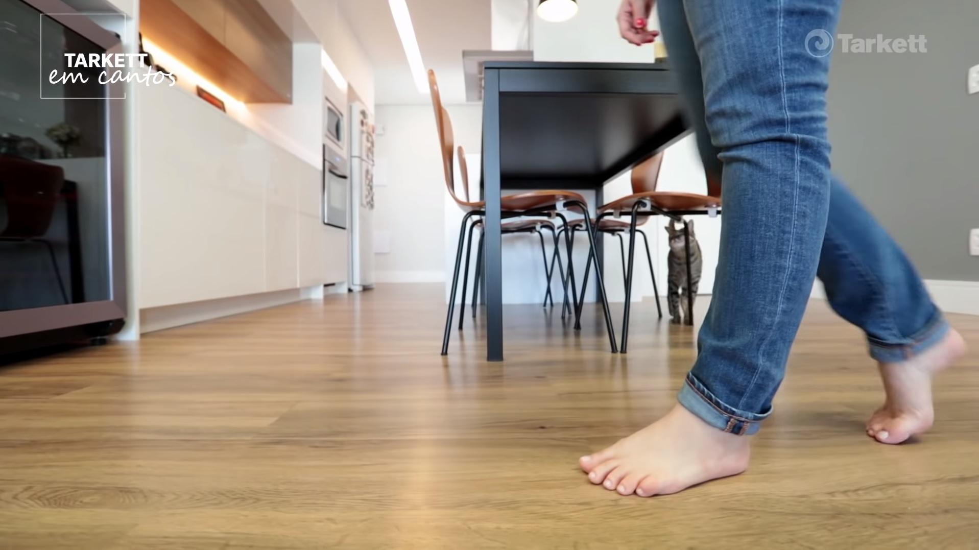 cozinha-piso-vinilico-amadeirado-8