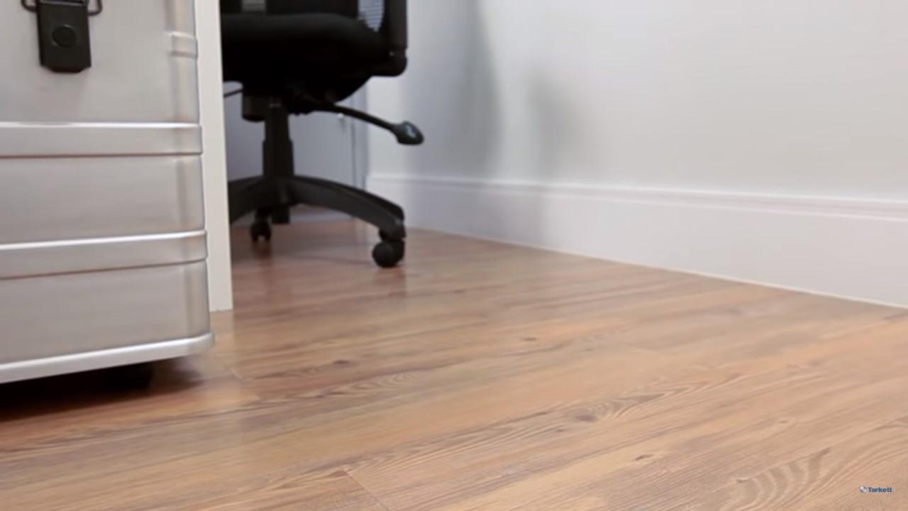 vinílico-amadeirado-cadeira-de-trabalho